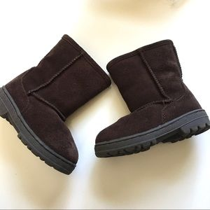 Circo Little Girls Size 7 Brown Suede Boots